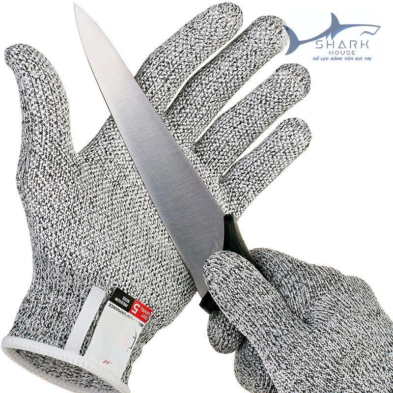 Có nhiều loại chất liệu để tạo thành găng tay sắt chống cắt