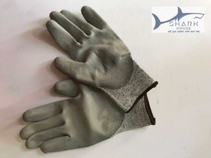 Công dụng của găng tay sắt chống cắt